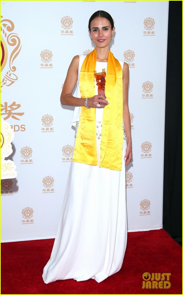 jordana brewster tyrese accept award at huading film awards 2014 073126218