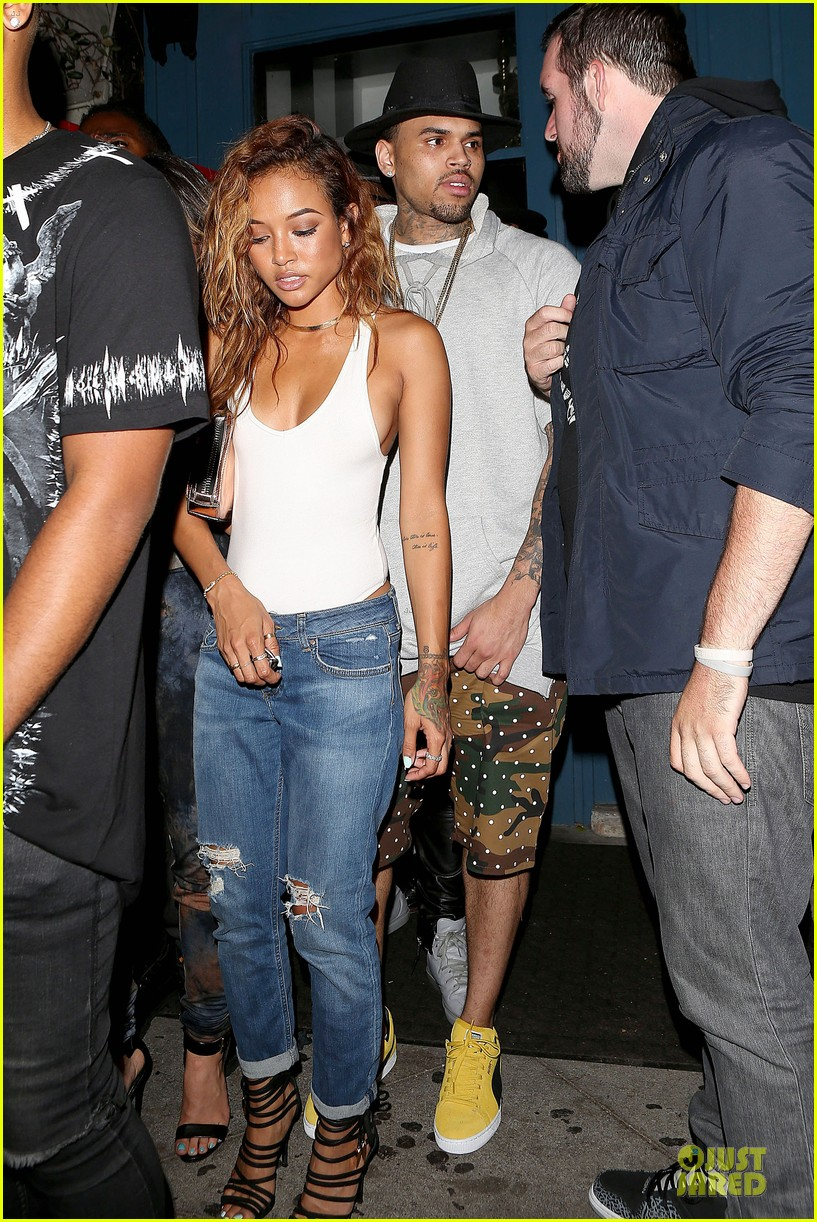 chris brown karrueche tran dance at hooray henrys 033140497