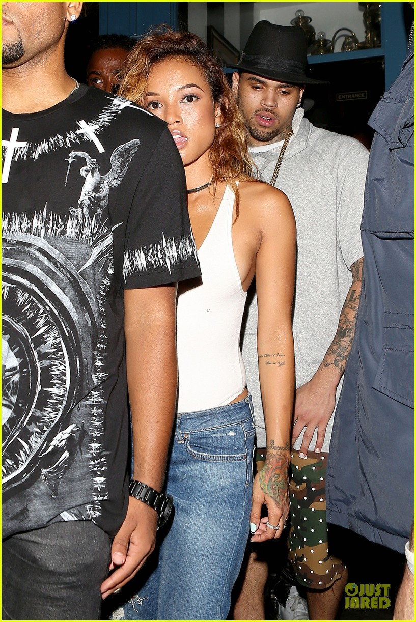 chris brown karrueche tran dance at hooray henrys 153140509