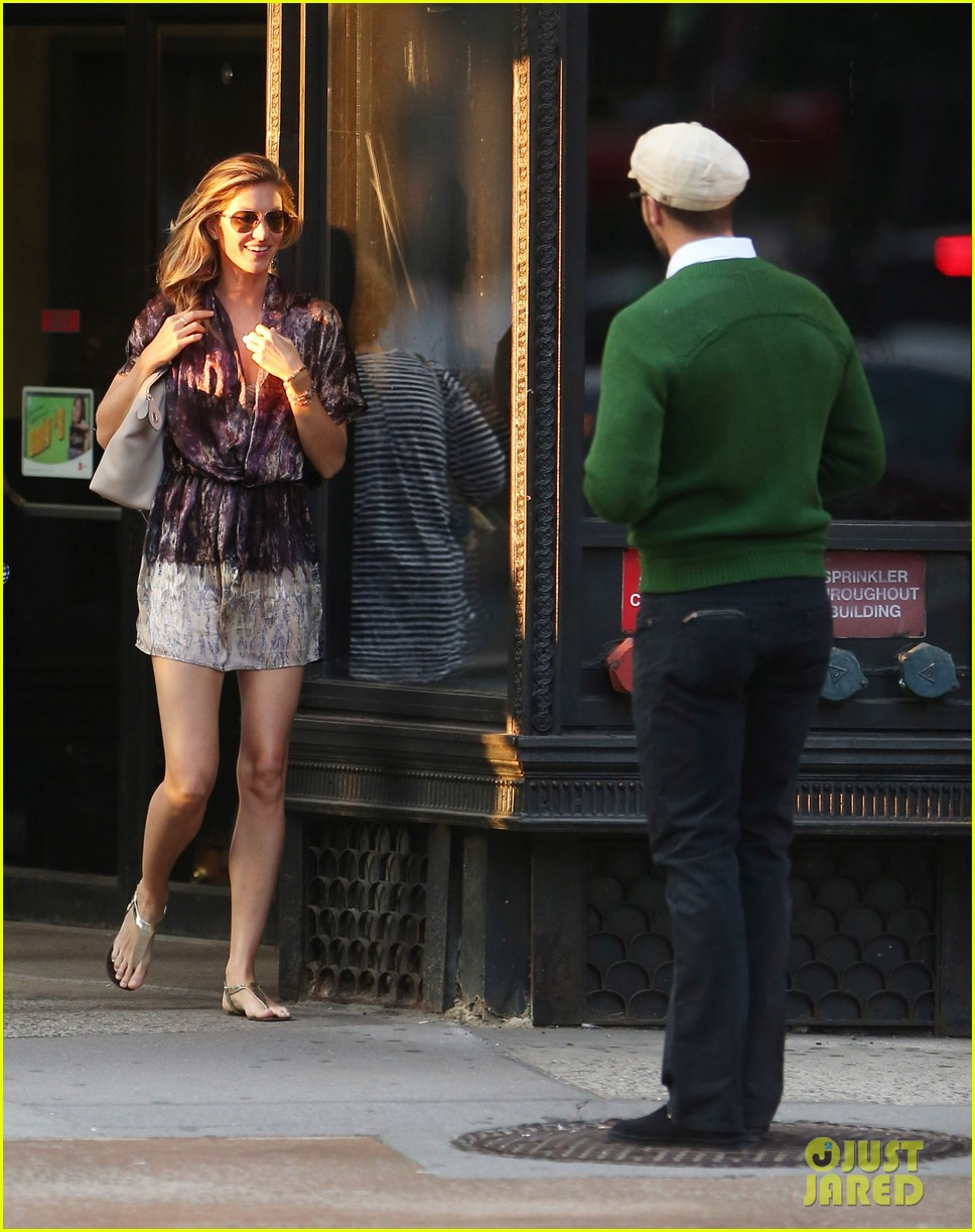 gisele bundchen pda new york 253146973