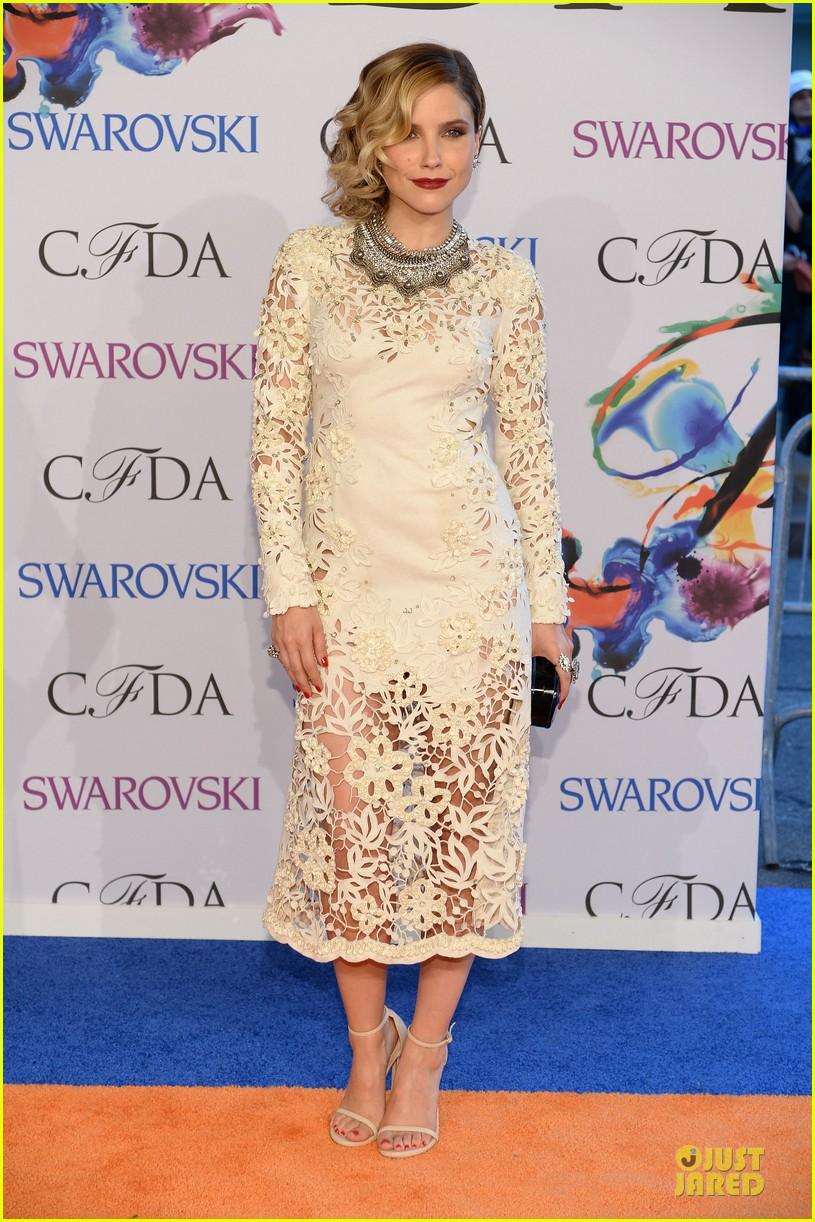 sophia bush james marsden fashion cfda awars 2014 013126882