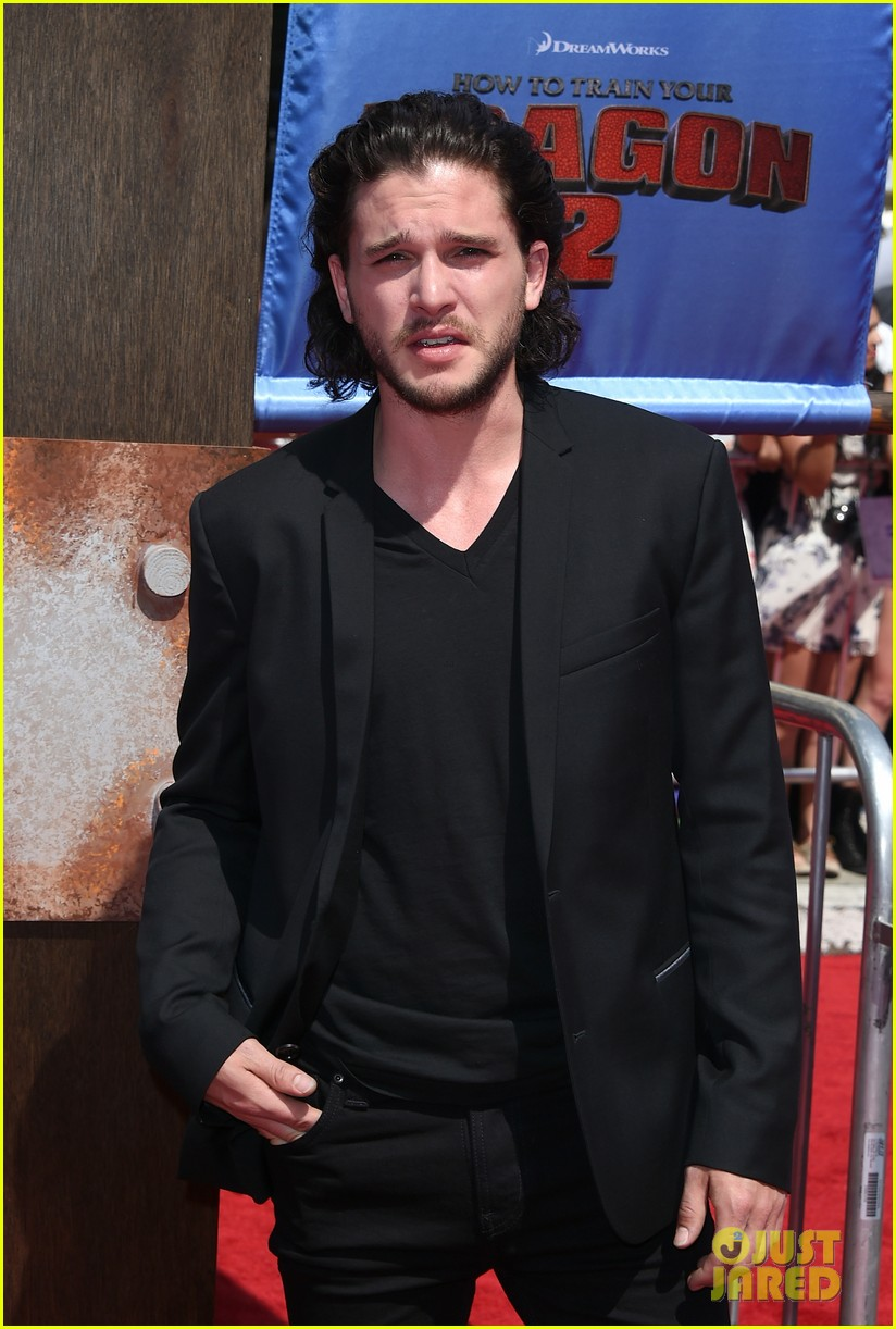 gerard butler kit harington how to train your dragon 2 premiere 183131522