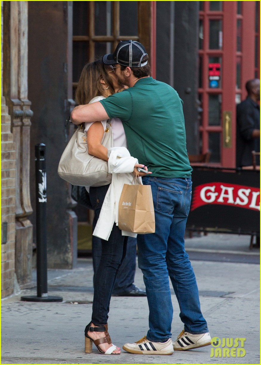 gerard butler hugs kisses mystery woman 023135018