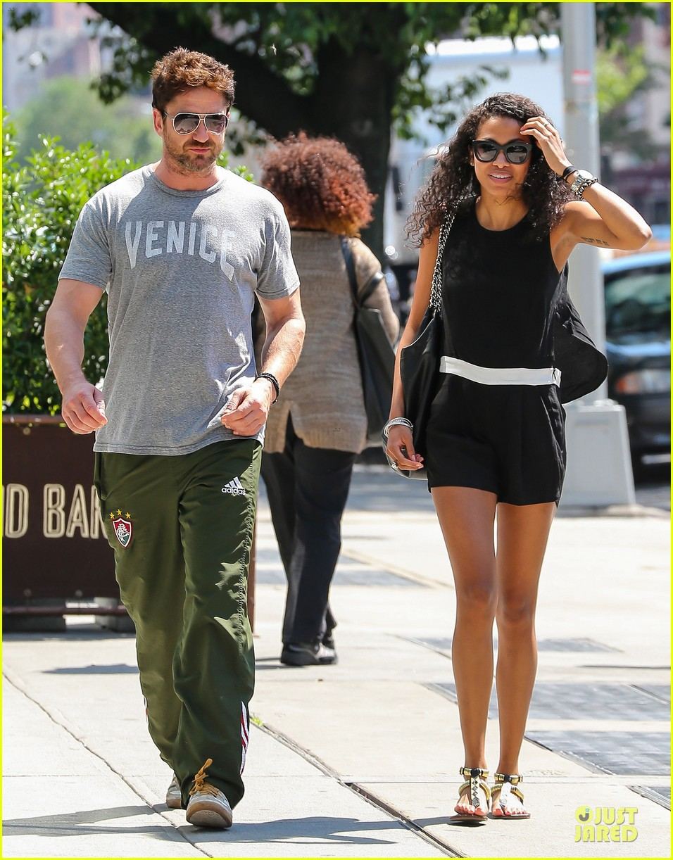gerard butler venice on stroll with mystery woman 013136745