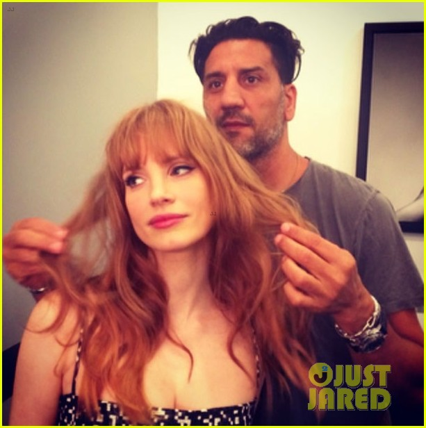 jessica chastain has bangs now new hairstyle 013130653