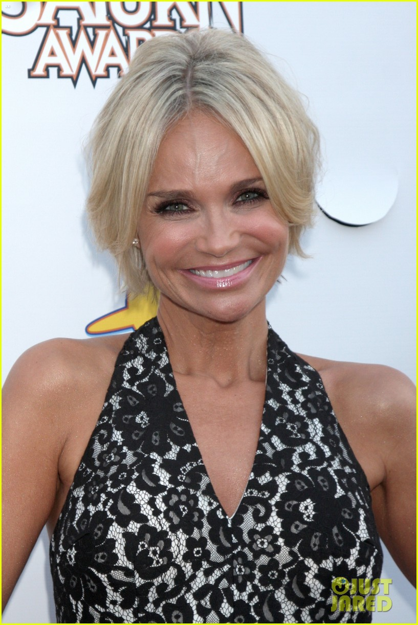 kristin chenoweth presents genius bryan fuller with saturn award 093144658