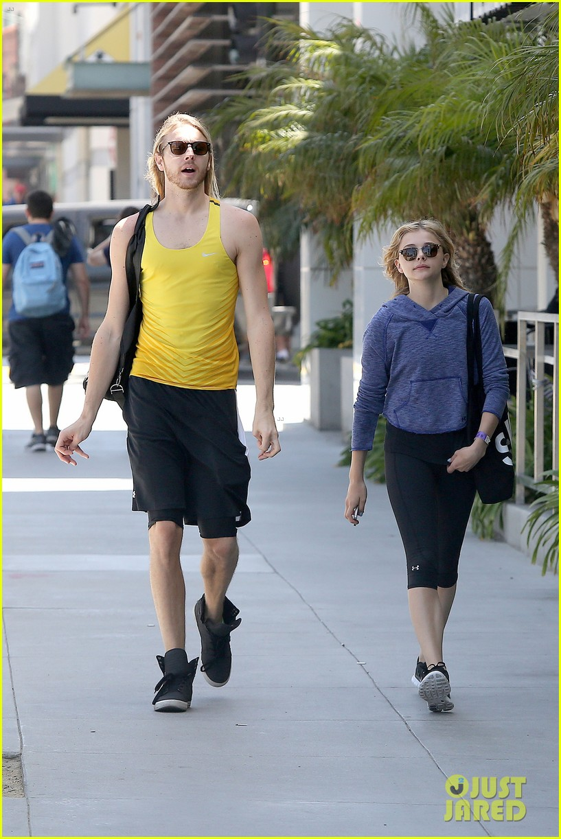 chloe moretz isnt in hollywood for parties red carpets 063125940