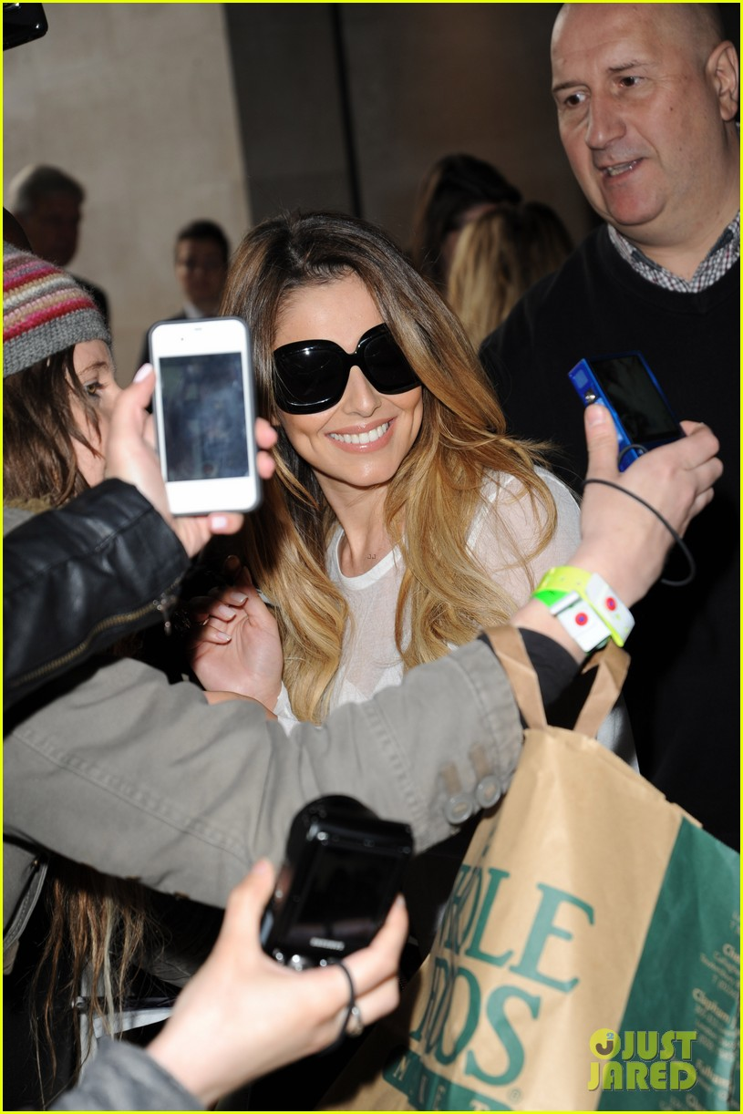 cheryl cole visits bbc radio 1 to premiere new single 033126323