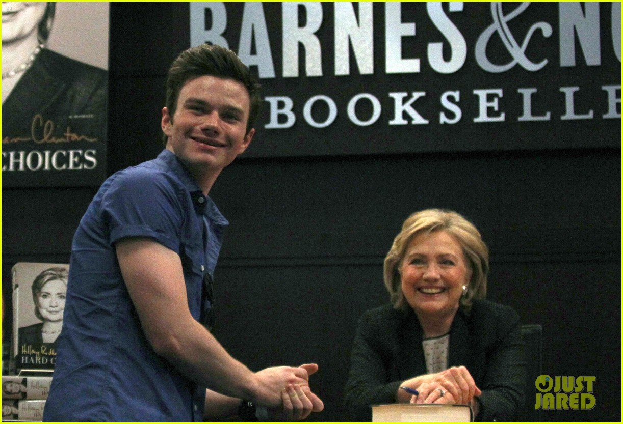 chris colfer hilary clinton book signing 09
