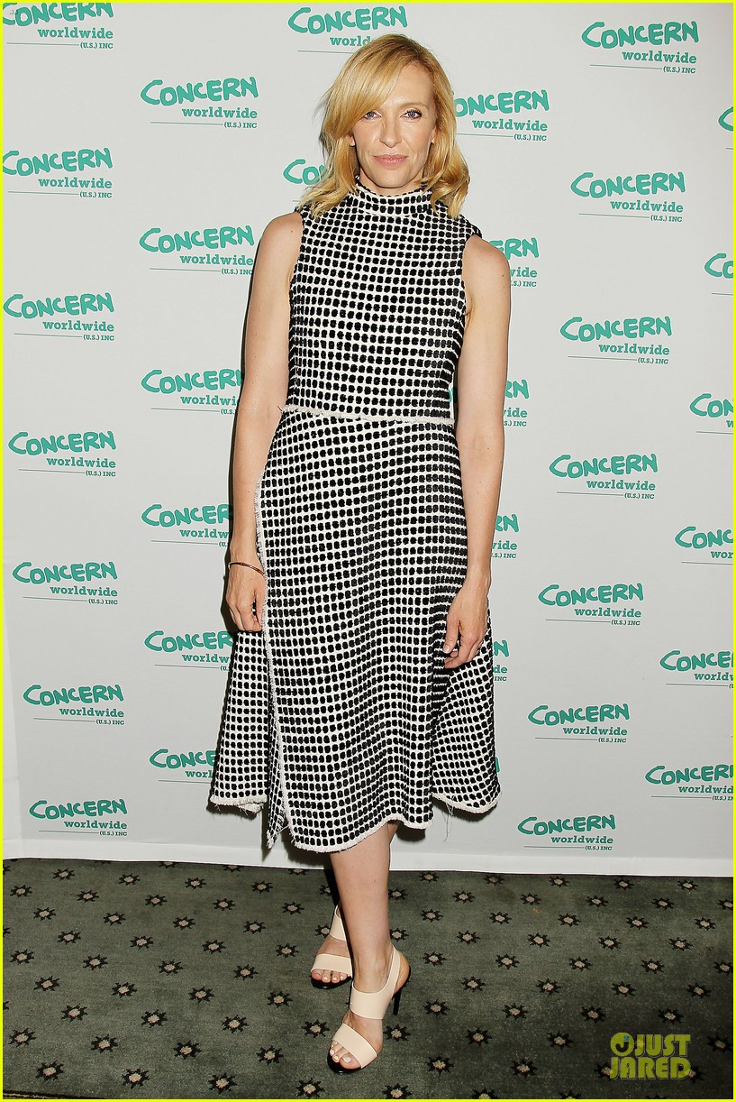 toni collette gets honored at women of concern awards 083143086