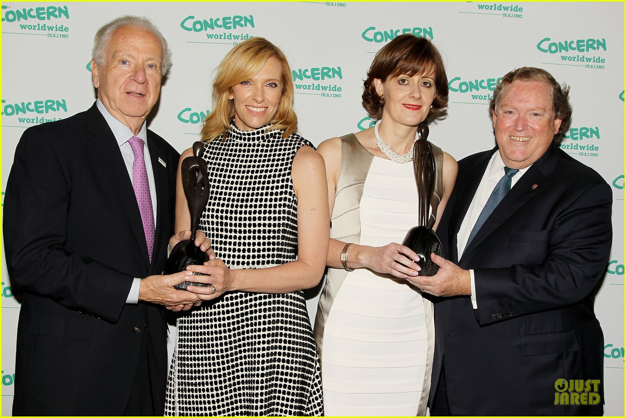 toni collette gets honored at women of concern awards 123143090