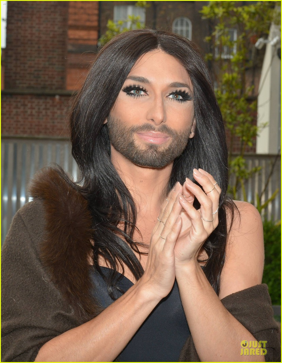 conchita wurst human right to love whoever you want 07