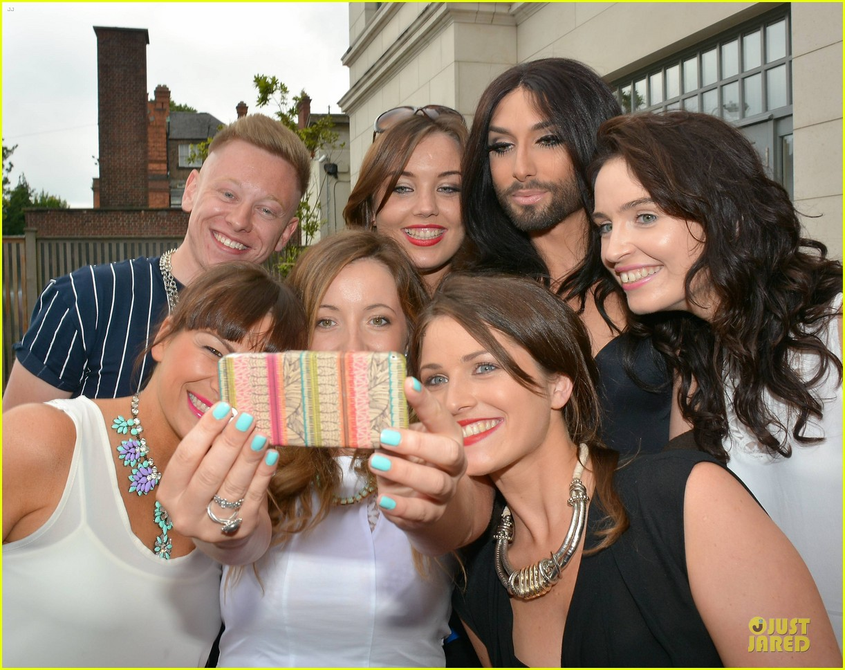 conchita wurst human right to love whoever you want 093145079