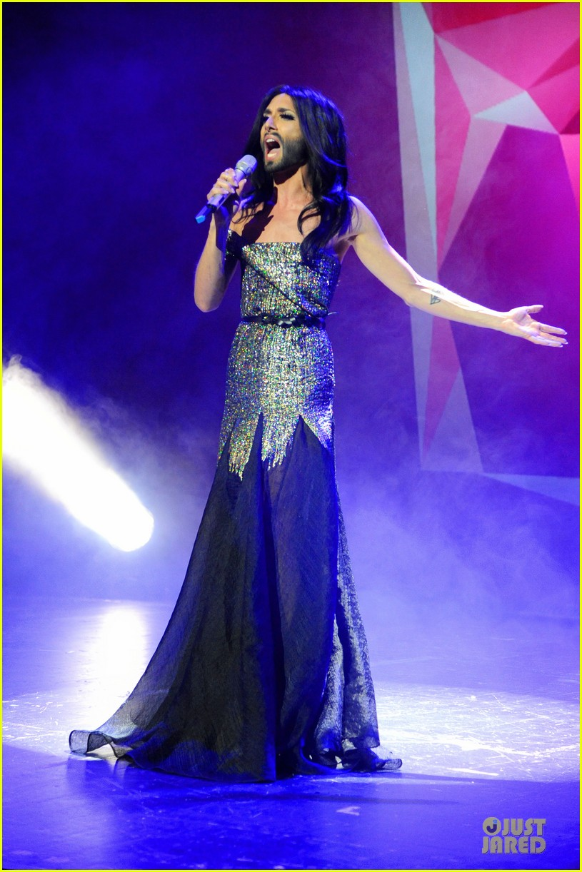 conchita wurst christopher street day gala 013140443