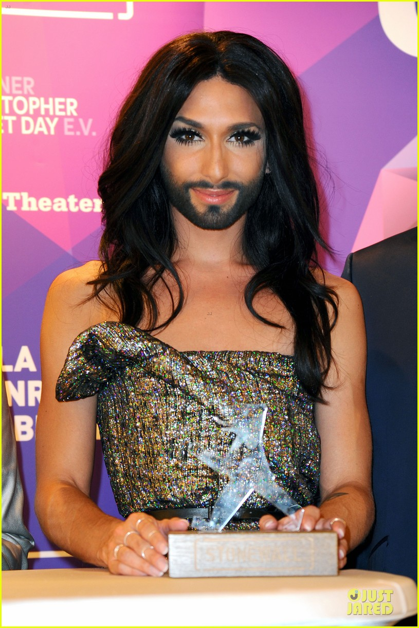 conchita wurst christopher street day gala 043140446