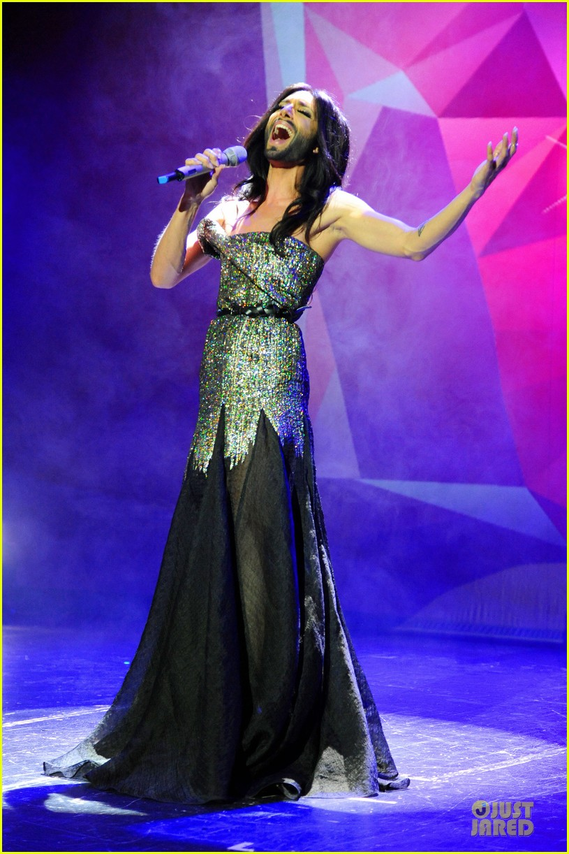 conchita wurst christopher street day gala 073140449