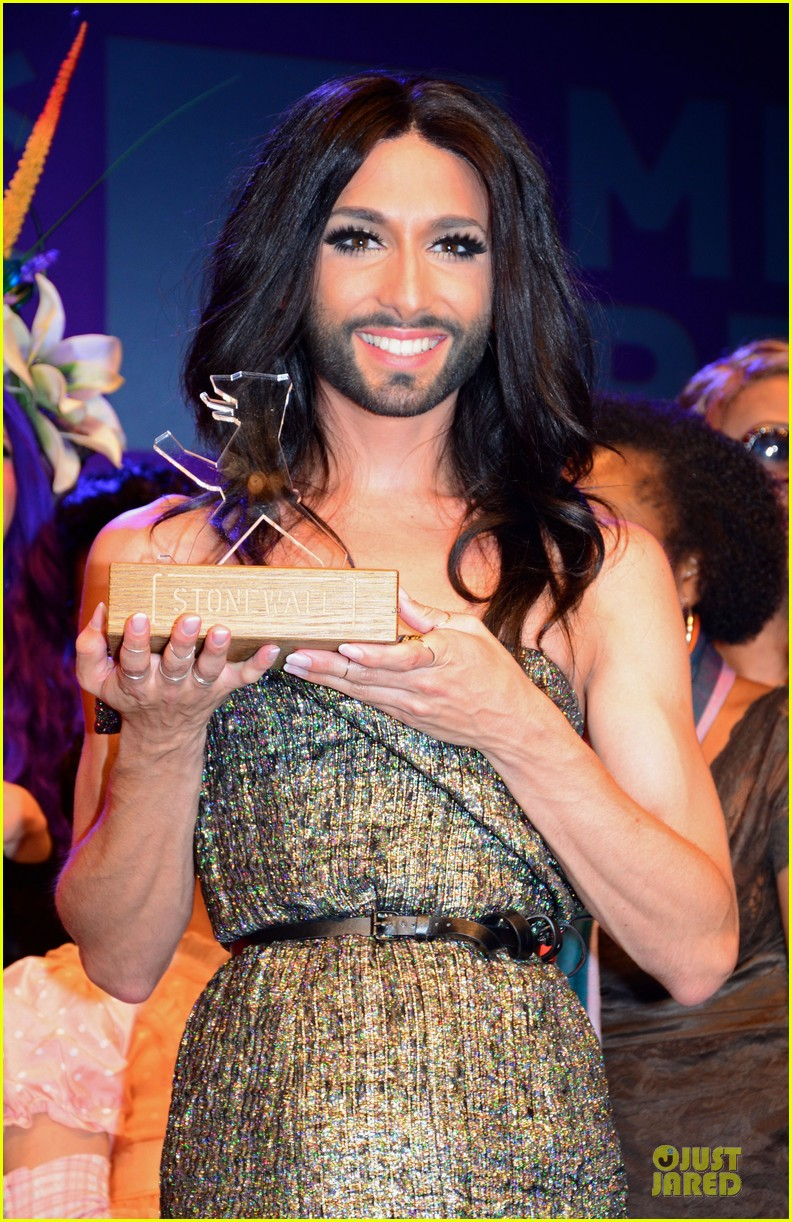 conchita wurst christopher street day gala 183140460
