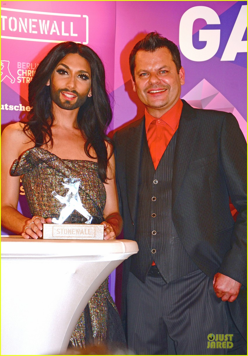 conchita wurst christopher street day gala 233140465