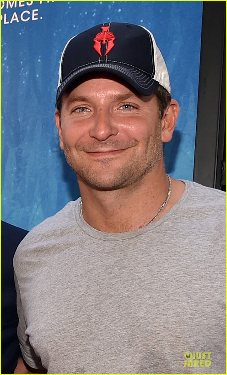 bradley cooper sports water stained tee at earth to echo premiere 053135818
