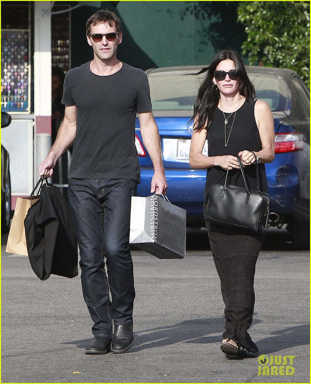 courteney cox has a milestone birthday coming up 033133370