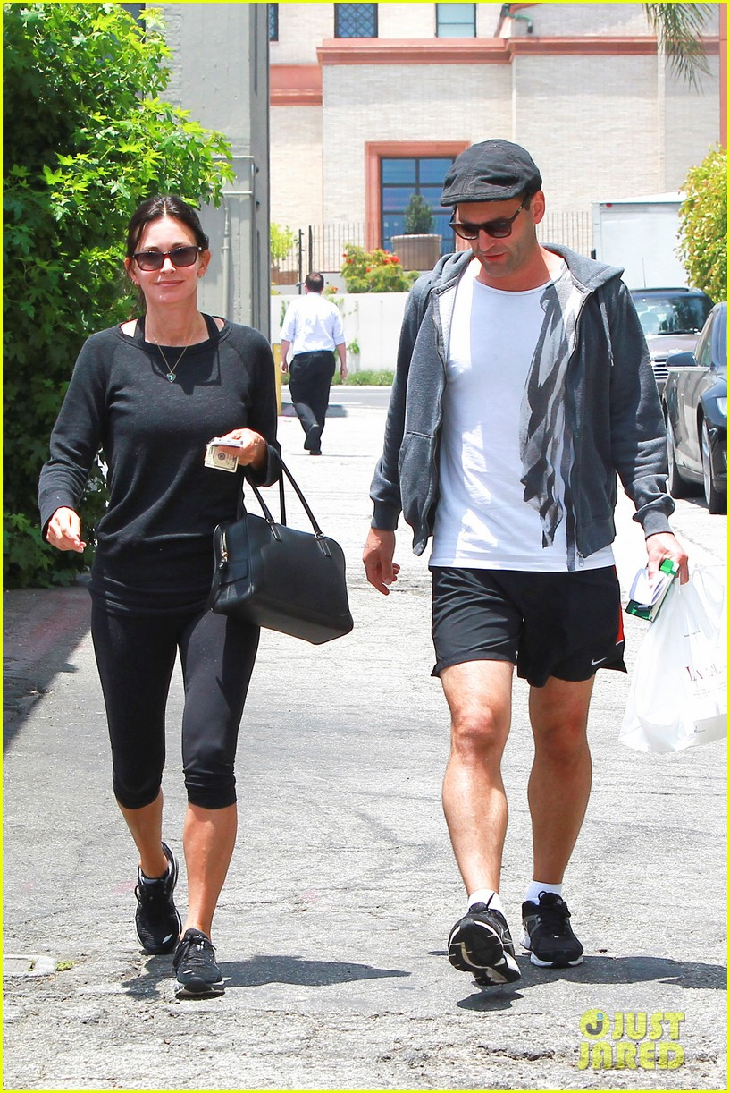 courteney cox johnny mcdaid go on lunch date dinner date 013144104