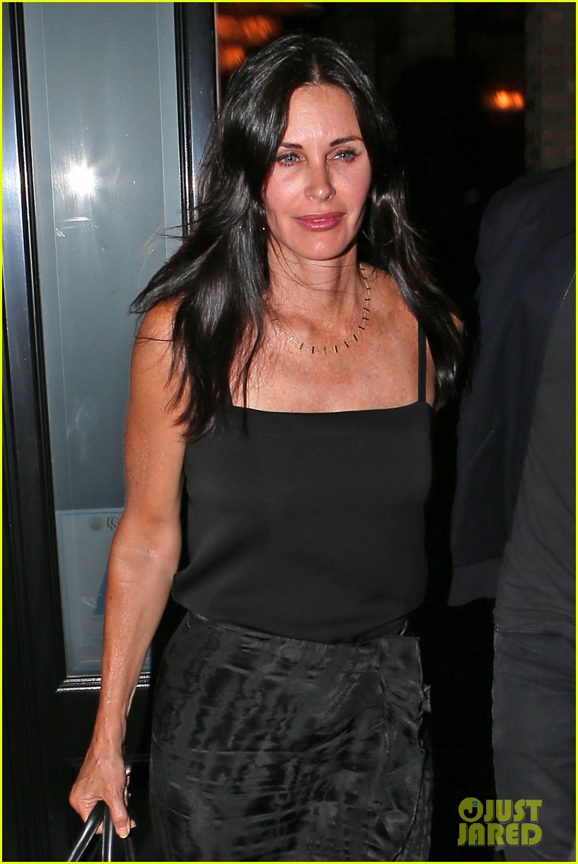 courteney cox johnny mcdaid go on lunch date dinner date 113144114