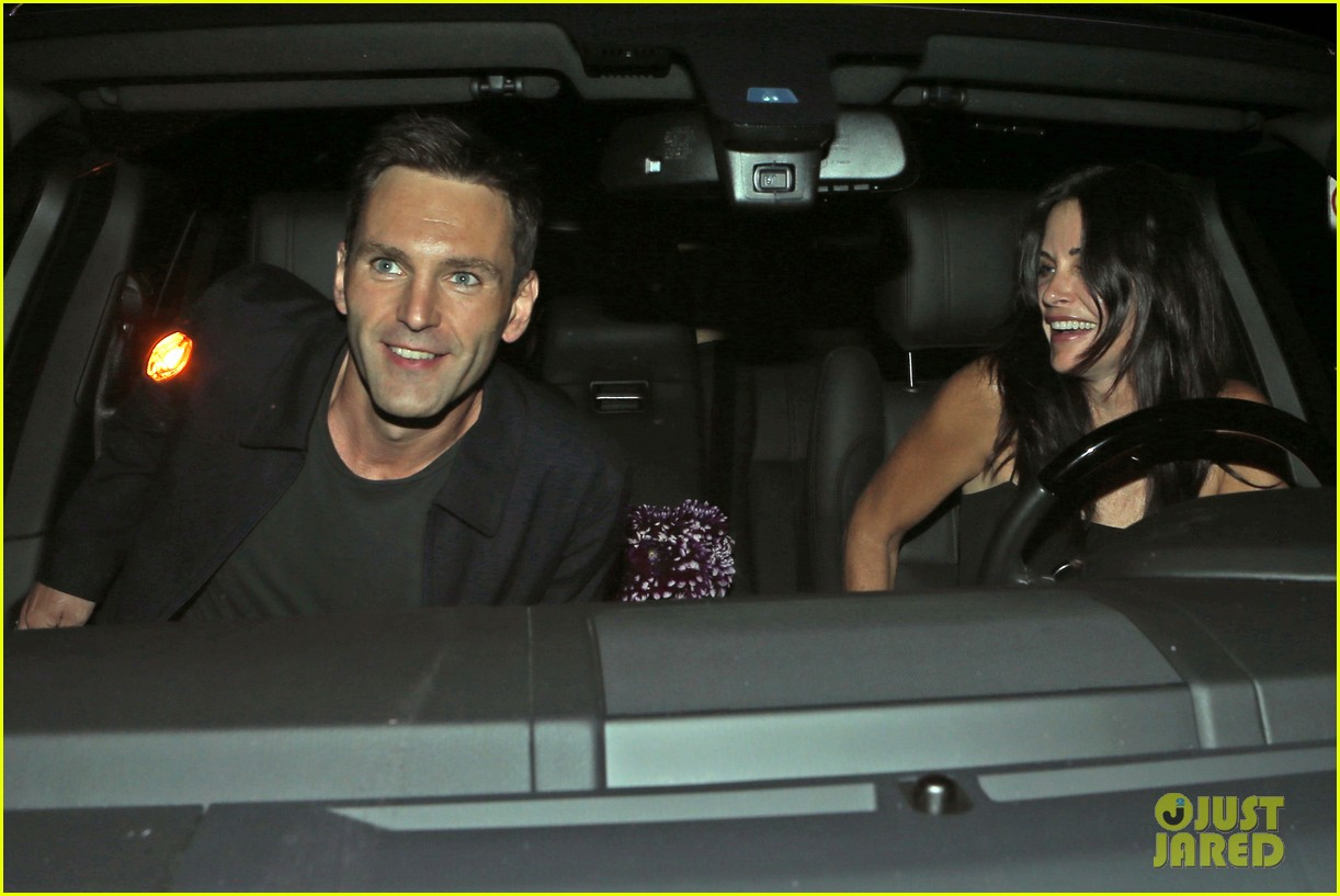 courteney cox johnny mcdaid go on lunch date dinner date 153144118