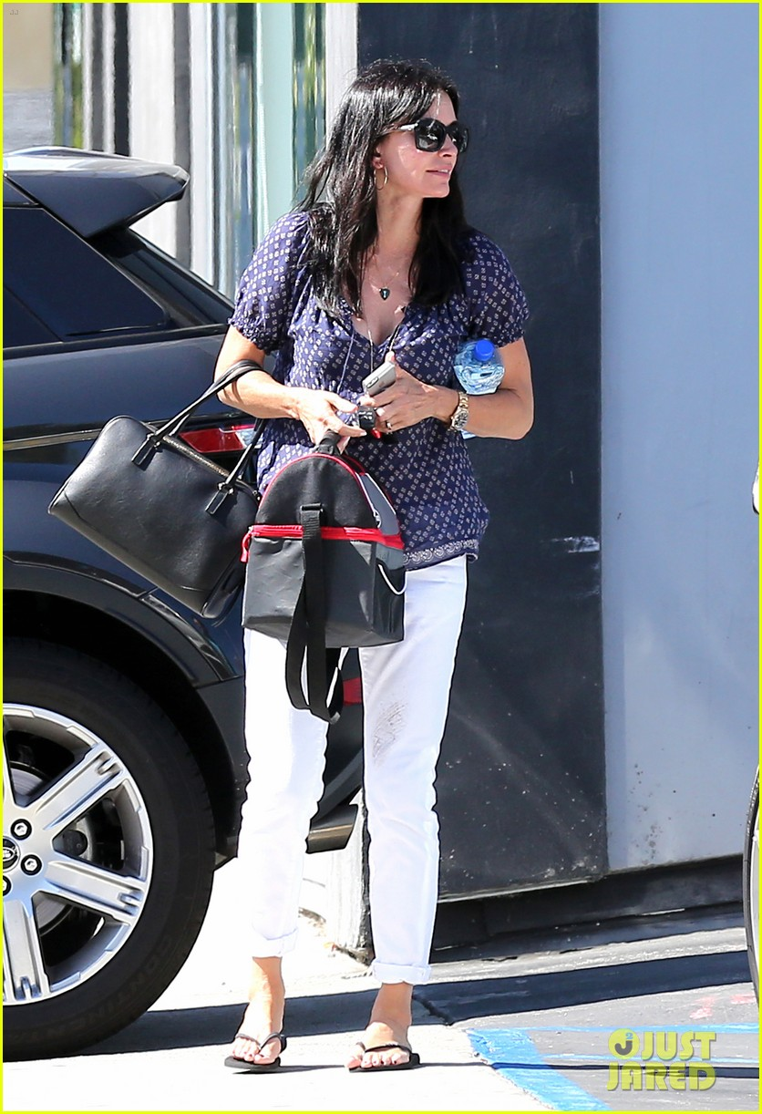 courteney cox meets up with her ex david arquette before her birthday 20