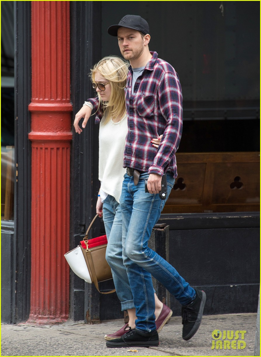 dakota fanning jamie strachan inseparable nyc 06