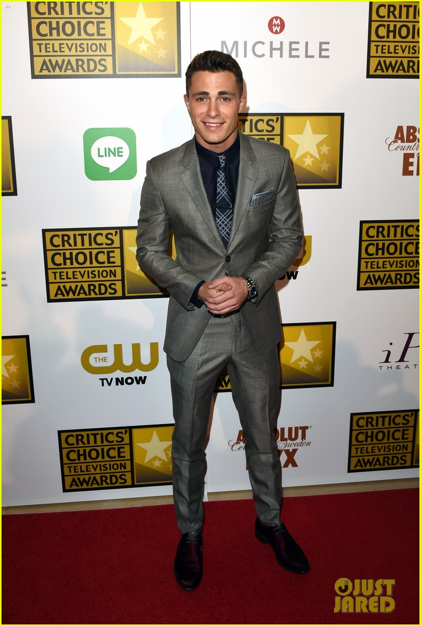 josh dallas colton haynes critics choice tv awards 2014 02