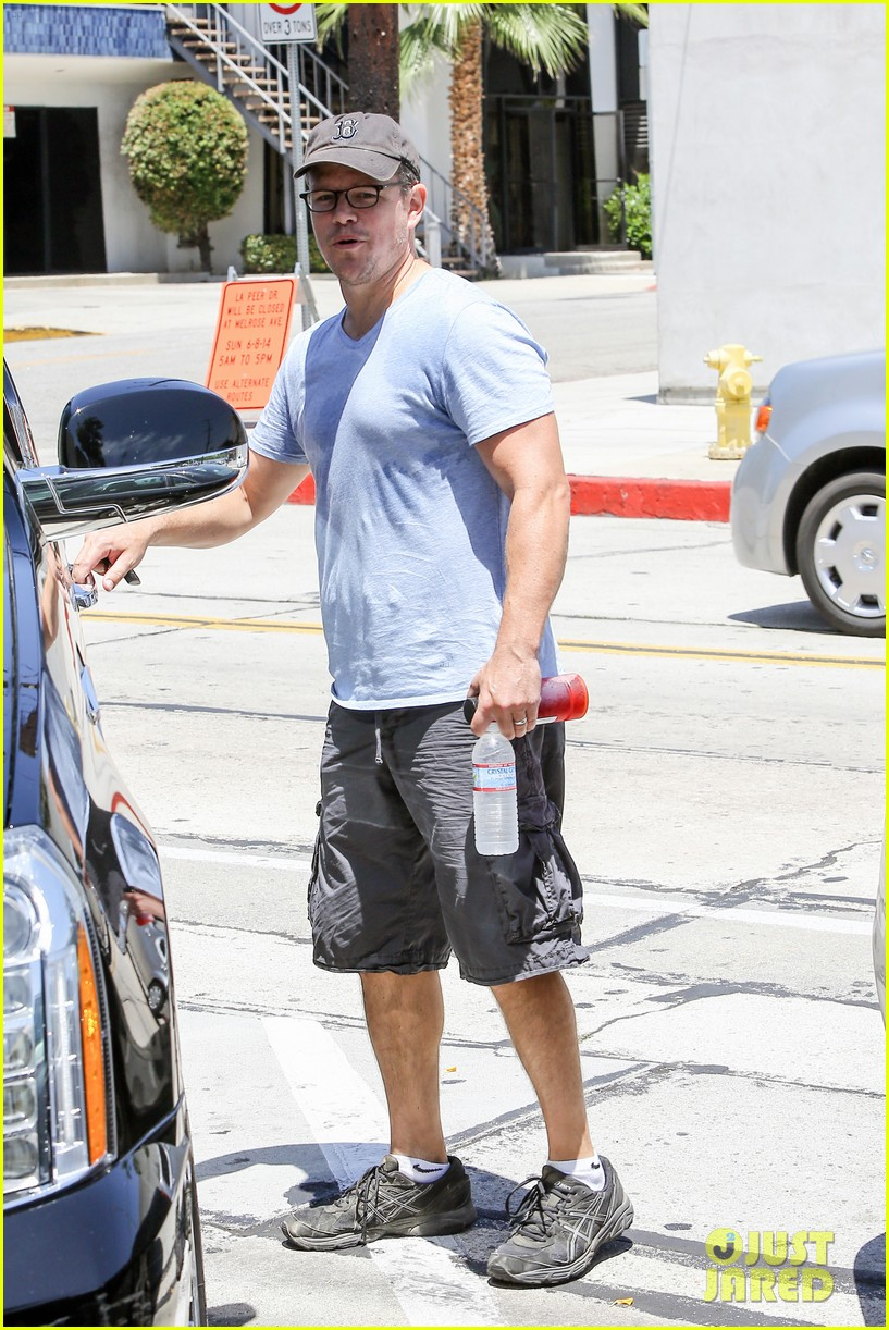 matt damons cousin is training ben affleck for batman 023128769