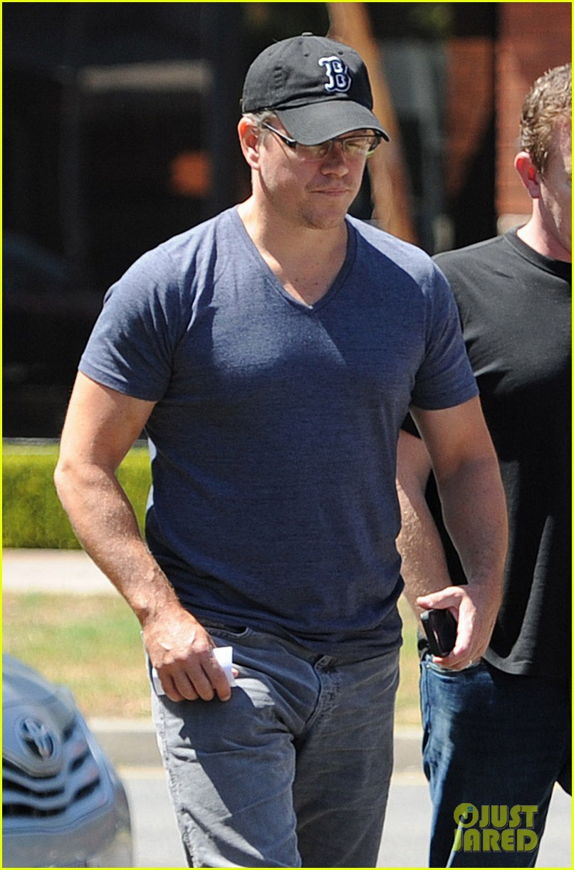 matt damon tavern restaurant 073140119