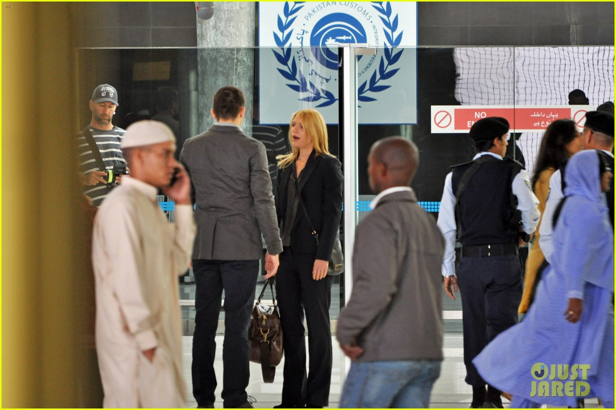 claire danes rupert friend film homeland season 4 in cape town 033138951