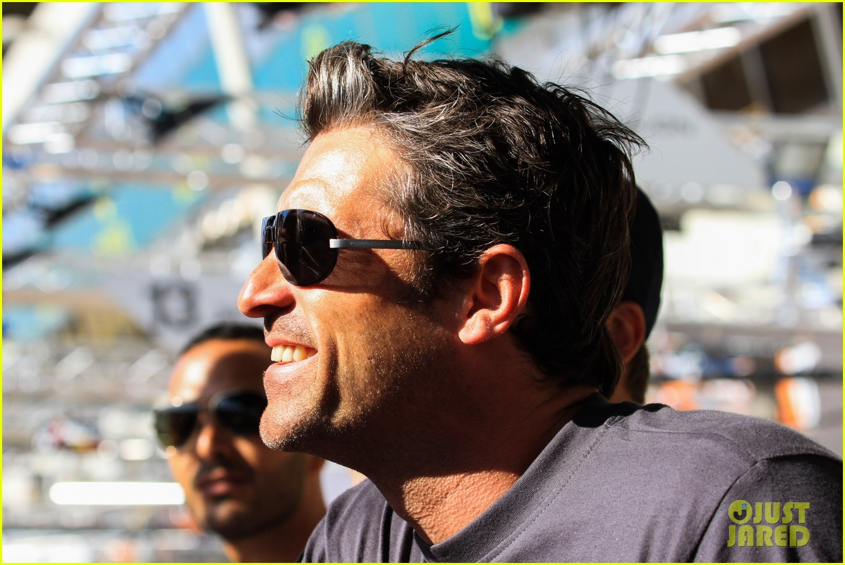 patrick dempsey is back in his racing gear for le mans 06