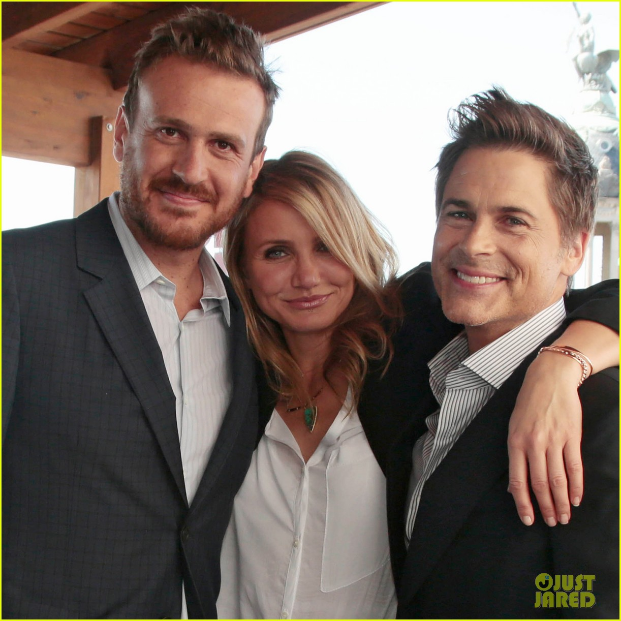 cameron diaz makes fabulous trio with jason segel rob lowe 093138942