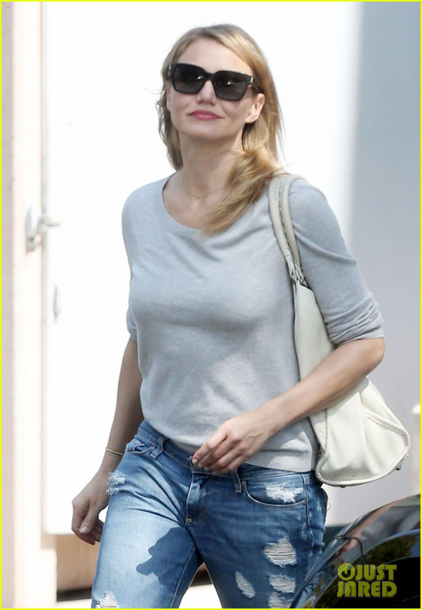 cameron diaz is happy right now 113133349