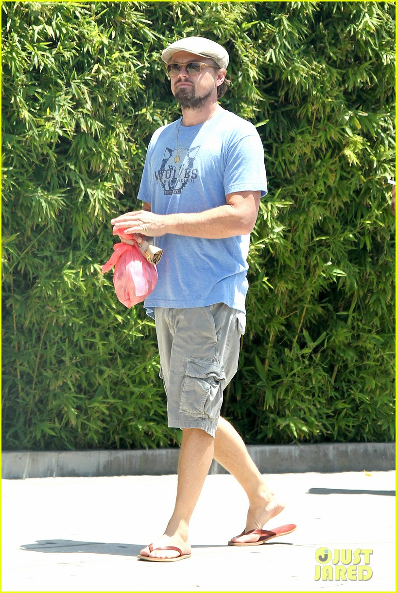 leonardo dicaprio brunches on sunday 143126175