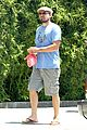 leonardo dicaprio brunches on sunday 03