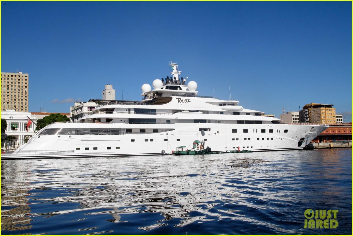 leonardo dicaprio luxury yacht world cup 013134139