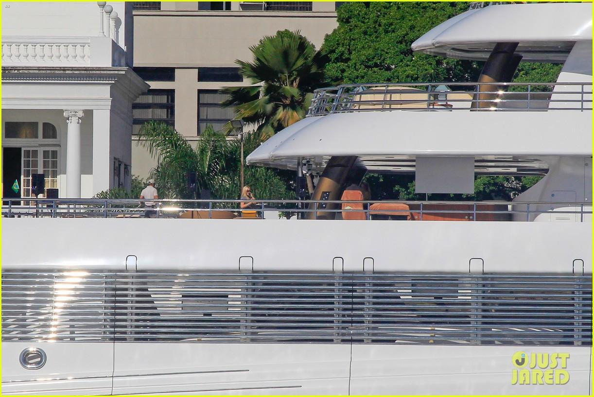 leonardo dicaprio luxury yacht world cup 083134146
