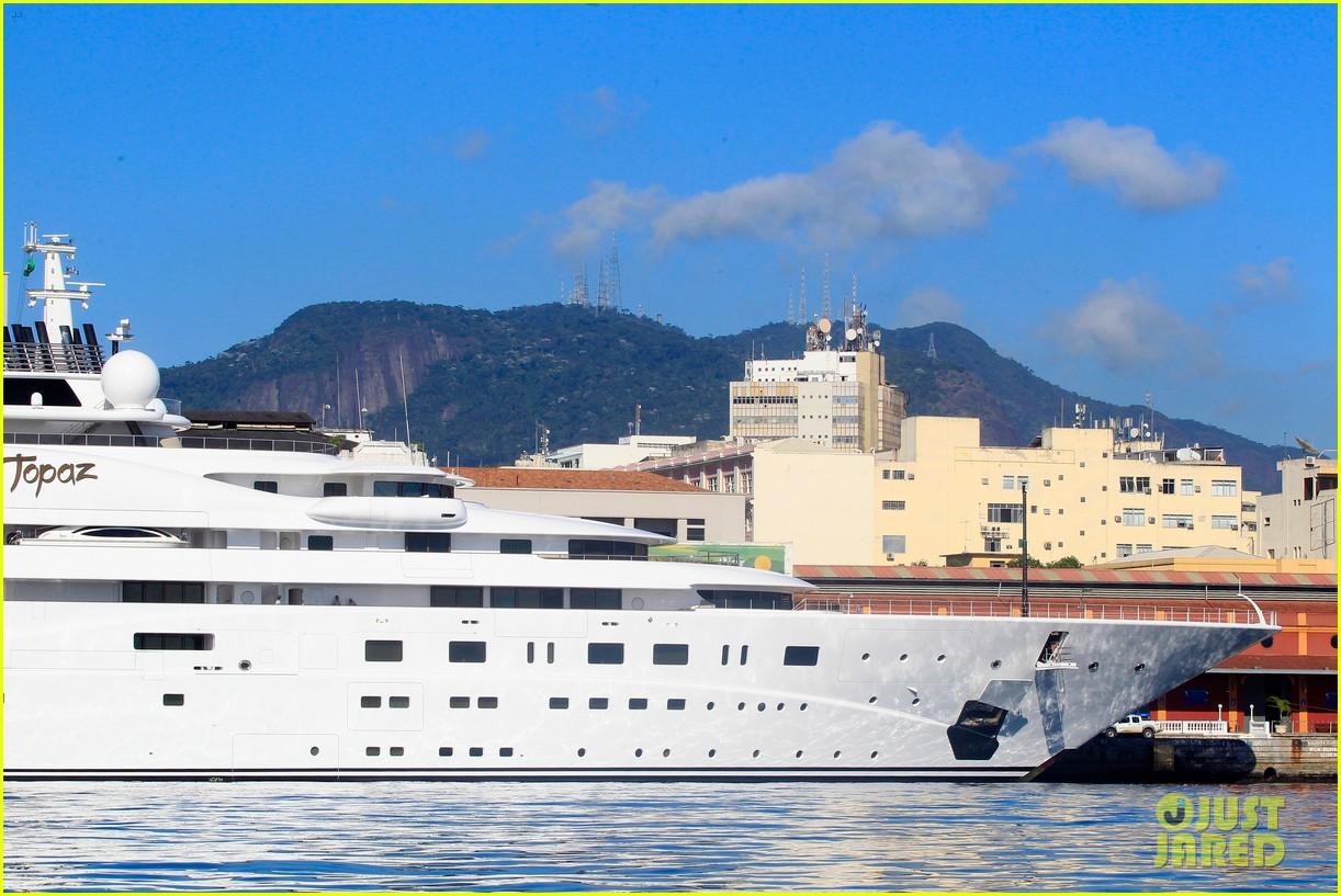 leonardo dicaprio luxury yacht world cup 103134148