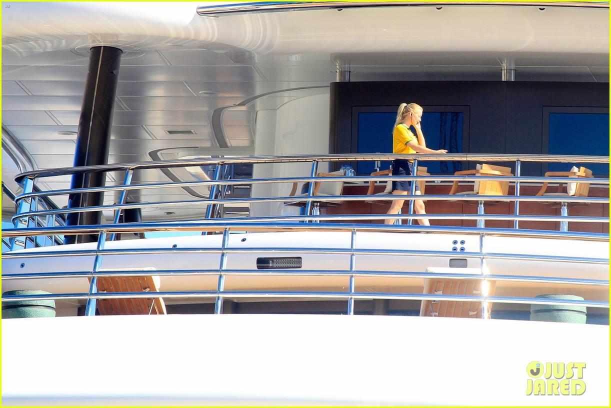 leonardo dicaprio luxury yacht world cup 133134151