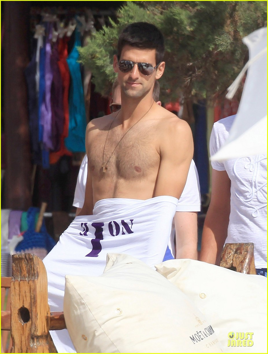 novak djovokic shirtless vacation after french open 043132166