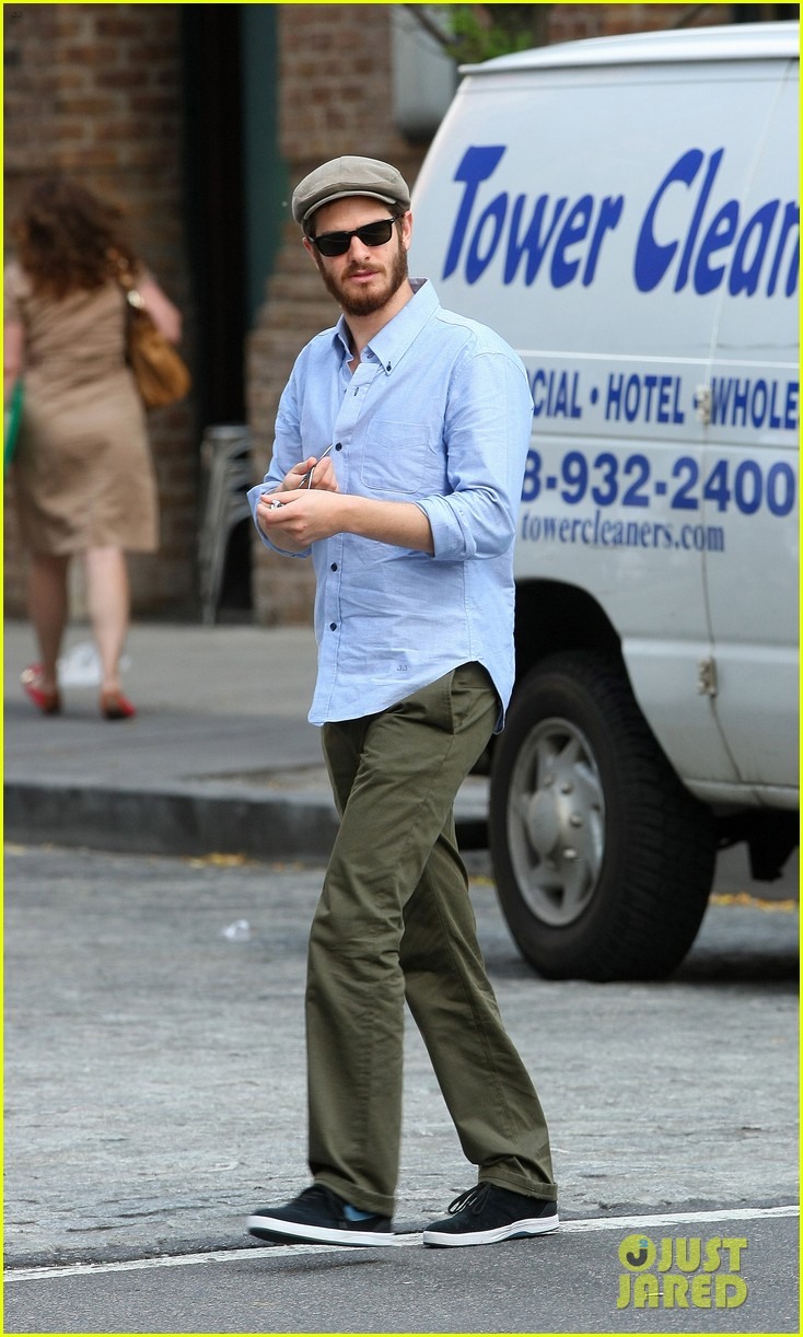 andrew garfield golf cap nyc 05