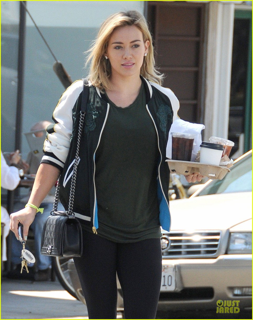 hilary duff attract attention to hair with red 183125325