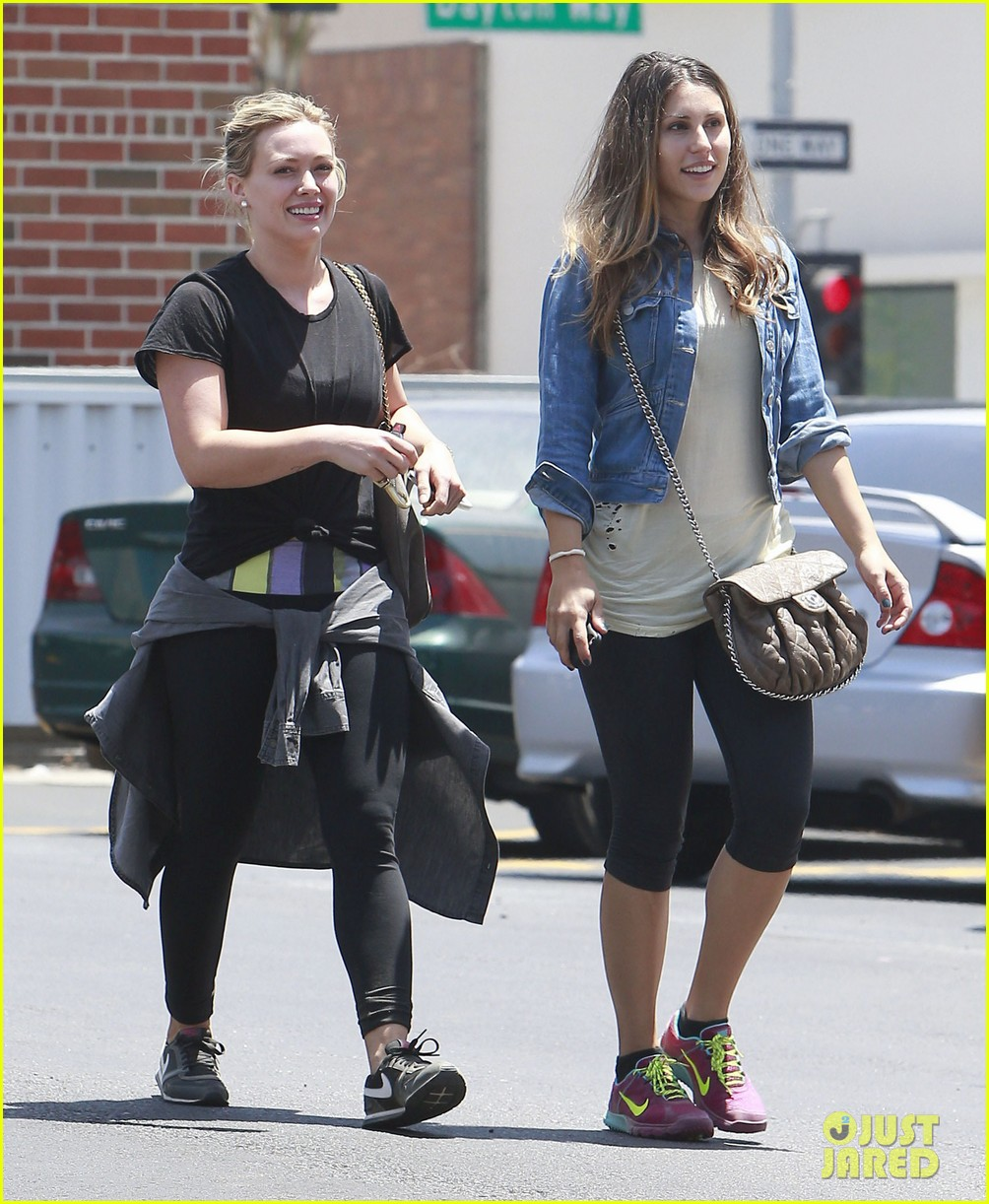 hilary duff grateful for mike comrie 023136299
