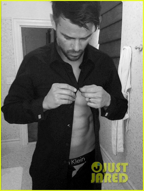 josh duhamel opens up his shirt pants sexy instagram pic 033134195