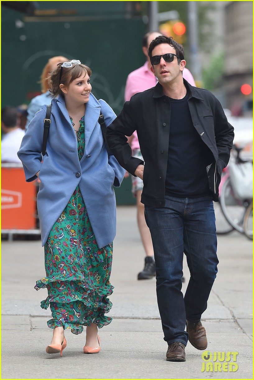 lena dunham hangs out with pal bj novak in new york 03