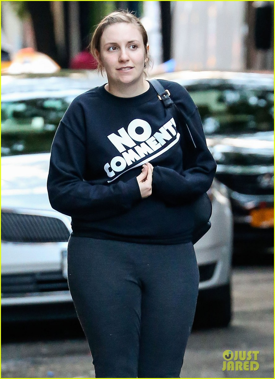 lena dunham has no comment in new york city 043129919