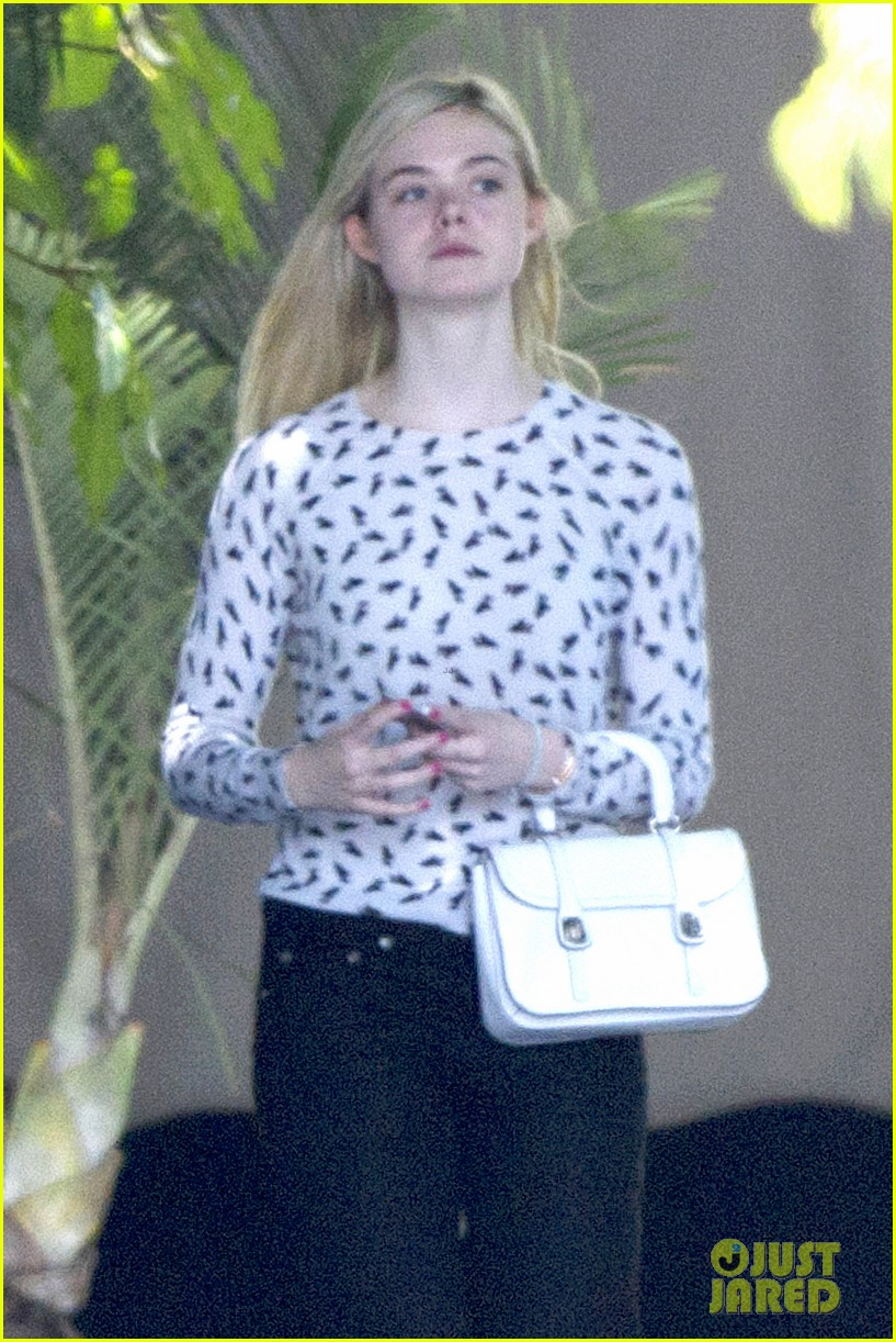 elle fanning chateau marmont two days 013136883